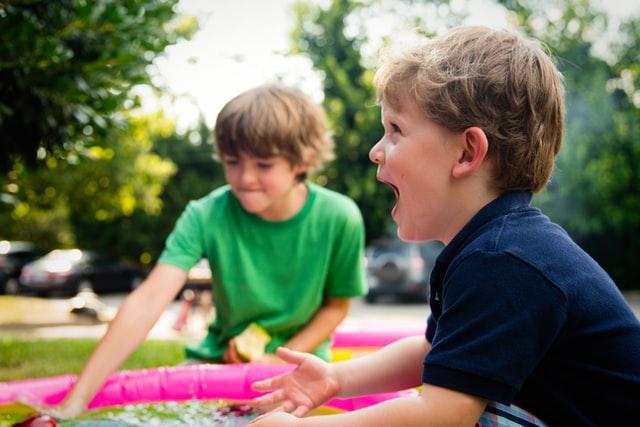 ADHD, dziecko z ADHD, jak postępować z dzieckiem z ADHD, wyhcowywanie dziecka z ADHD, terapia behawioralna, jak wychowywać dzieci z ADHD