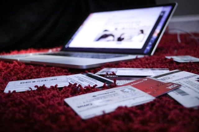 zakupy online, zakupy w internecie, błędy podczas zakupów w internecie, jak robić zakupy online